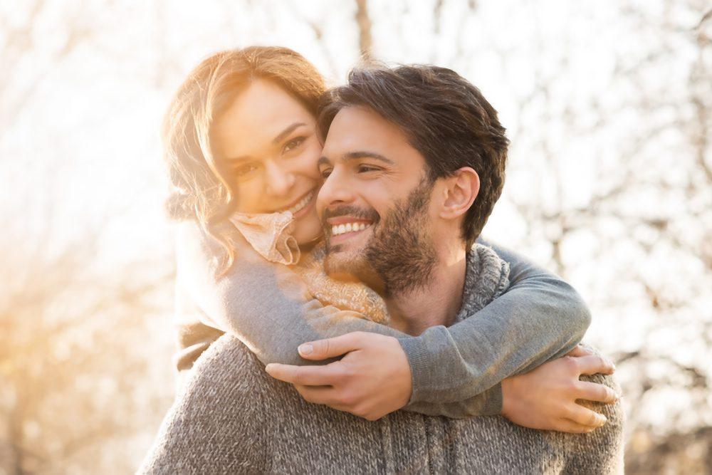 10 Dinge, die man vor dem Dating eines extrovertierten introvertierten Introvertierten wissen muss